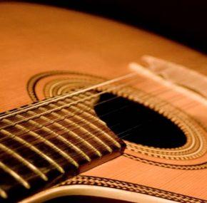 Quando a guitarra canta a história de um país