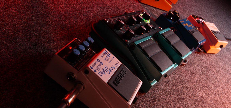 pedal compacto de delay Boss